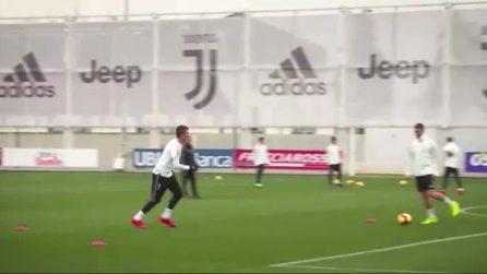 Il siluro di Manduzkic in allenamento: il croato quasi spacca la traversa