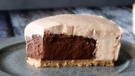 Cheesecake senza cottura con cuore al cioccolato: una bontà unica