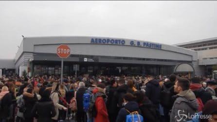 Roma, evacuato l'aeroporto di Ciampino: la situazione all'esterno