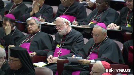 """Pedofilia, summit Vaticano: """"Obbligo di denuncia e stop segreto"""""""