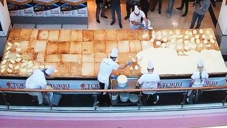 Trieste: è italiana la millefoglie più grande del mondo che entra nel Guinness World Record