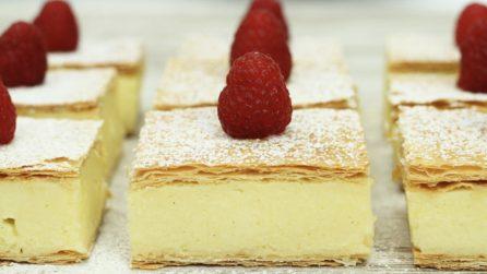 Quadrotti di sfoglia e crema a limone: una vera esplosione di gusto