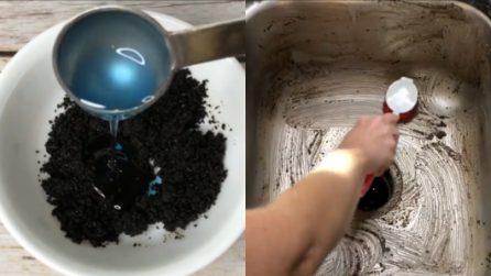 Come riutilizzare i fondi del caffè nella pulizia della cucina