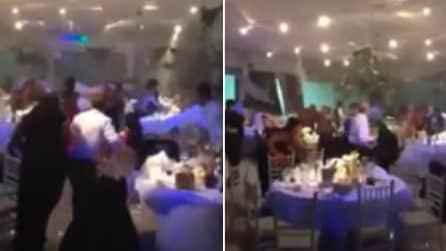 Invitati scappano dal ristorante: scena pazzesca durante il matrimonio