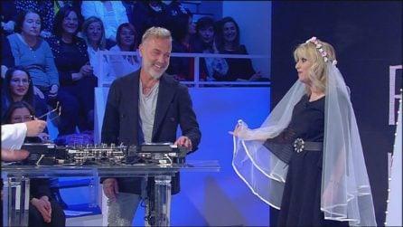 Gianluca Vacchi a C'è posta per te per Luciana Littizzetto
