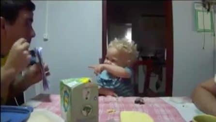 Il papà è sordomuto non sa come comunicare con la figlia: ecco cosa le insegna