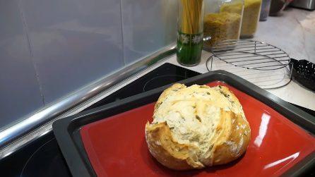 Pane rosmarino e olive: la ricetta per prepararlo in casa