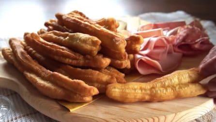 Pasta fritta cinese: ideale per accompagnare salumi e formaggi