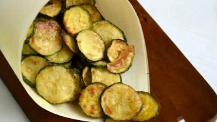 Chips di zucchine al forno: croccanti, semplici e saporite