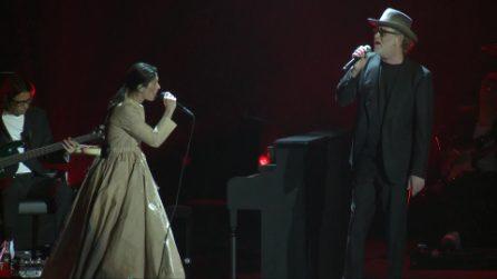 """Elisa canta """"Quelli che restano"""" con Francesco De Gregori"""