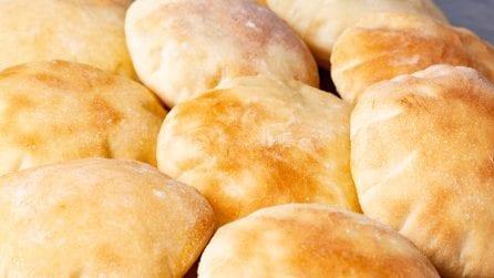 Come fare la pita greca a casa: la ricetta semplice e veloce!