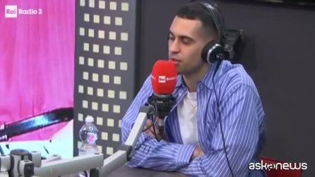 """Mahmood: """"Cercano di mettermi un simbolo di partito ma io sfuggo"""""""