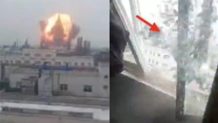 Cina, esplosione deposito chimico: finestre distrutte dopo il boato