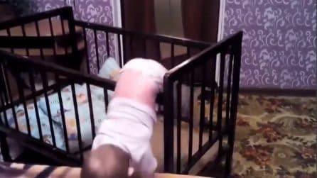 La mamma entra in stanza e si accorge di quello che sta accadendo