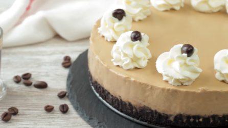 Cheesecake al caffé: il dolce veloce e gustoso che non necessita di cottura
