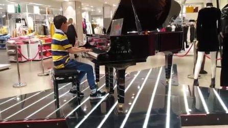 Ha solo 11 anni e suona Bohemian Rhapsody al pianoforte: la performance è sublime