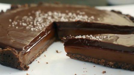 Crostata al caramello e cioccolato: un'esplosione di gusto