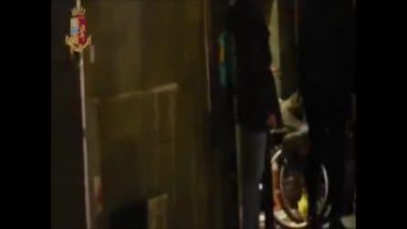 Firenze, si finge disabile per anni ma lo riprendono mentre cammina senza problemi: arrestato
