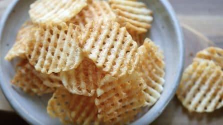 Patatine waffle fritte: semplici, croccanti e saporite