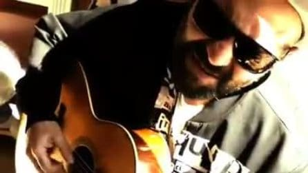 """""""Nuje vulimm na speranza"""", Giuliano Sangiorgi canta la sigla di Gomorra"""