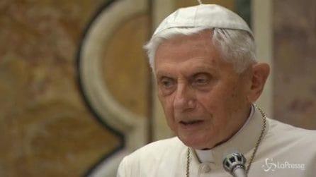 """Pedofilia, Ratzinger: """"Collasso morale iniziato nel '68"""""""