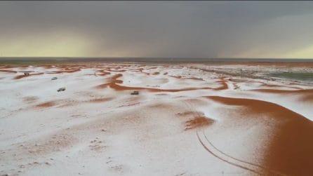 """Il """"fenomeno"""" del deserto imbiancato: le suggestive immagini"""