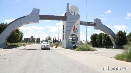 Libia, l'aviazione di Haftar bombarda l'aeroporto di Tripoli