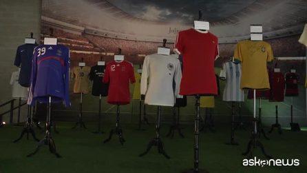 La maglia di Pelè e le scarpe di Messi, asta di cimeli sportivi