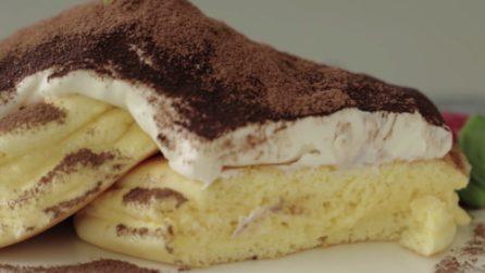 Pancakes soufflé al tiramisù: una vera delizia per il palato