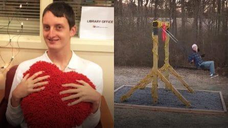 """La storia di Cobey Thomas, il """"gigante buono"""" affetto da autismo non verbale corona il suo sogno"""