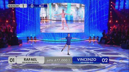 Battle di danza tra Rafael e Vincenzo, entrambi sono strepitosi