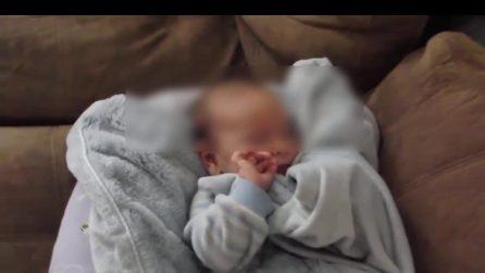 """""""Buongiorno, hai dormito bene?"""", la risposta del neonato ti farà innamorare"""