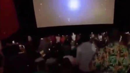 Pensano di vedere Avengers Endgame al cinema: ma sullo schermo appare ben altro