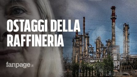 """Falconara, gli ostaggi della raffineria: """"Chiusi in casa per non respirare veleno"""""""