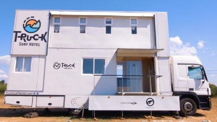 Il camion che diventa un albergo a quattro ruote. Il Truck Surf Hotel è il sogno di ogni viaggiatore