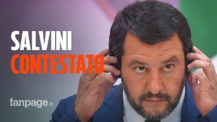 Scontri tra manifestanti e polizia. Matteo Salvini contestato dai centri sociali di Modena
