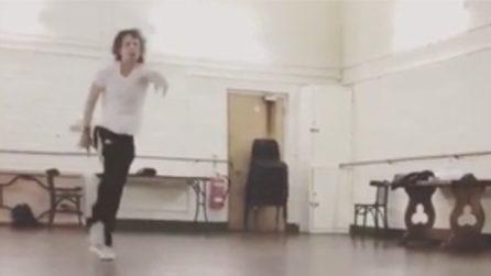 Mick Jagger dopo un mese dall'intervento al cuore: scatenatissimo durante il ballo