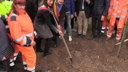 Roma, riapre dopo 6 anni il parco di Villa Massimo: alla cerimonia anche il sindaco Raggi