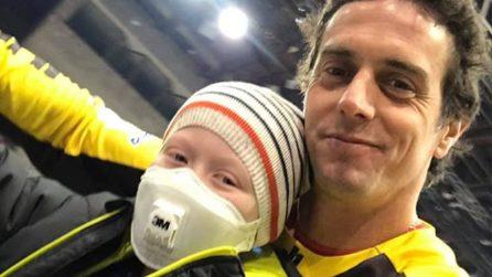 La mototerapia di Vanni Oddera dona il sorriso in ospedale ai disabili e ai bambini malati di cancro