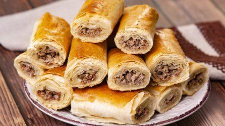 Rotolini di pasta fillo e carne: sfiziosi e saporiti!