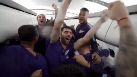 Lo Zenit vince lo scudetto a 10000 metri d'altezza: Marchisio e compagni esplodono di gioia in aereo