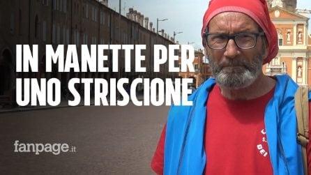 """Umberto, 71 anni: """"Ammanettato e denunciato per uno striscione contro Salvini"""""""