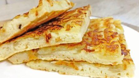Pancake salati con patate: pochi ingredienti per un piatto unico