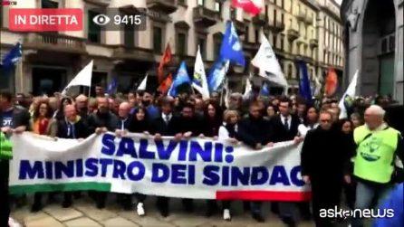 In Piazza Duomo a Milano il Salvini Day con i leader sovranisti