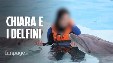 Chiara, la campionessa con la sindrome di Down che nuota con i delfini