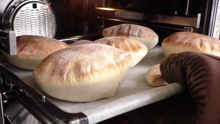 Pita fatta in casa: la ricetta per averla soffice e deliziosa