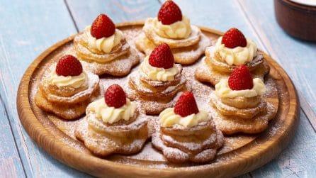 Rose fritte con crema pasticcera: come preparare dei bocconcini di pura goduria!