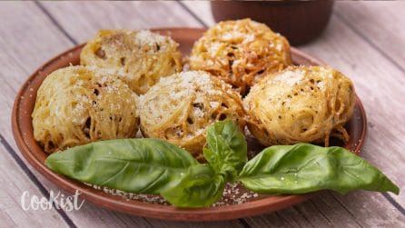 Spaghetti balls: a fun way to switch up your traditional spaghetti and meatballs!