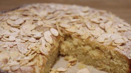 Torta pere e mandorle: un sapore delicato e buonissimo