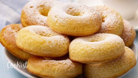 Lemon donuts: delicious breakfast treat your whole family will love with this mouthwatering recipe!